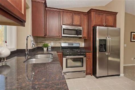 kitchen designs for split entry homes split level kitchen remodeling ideas pictures bi level 9350