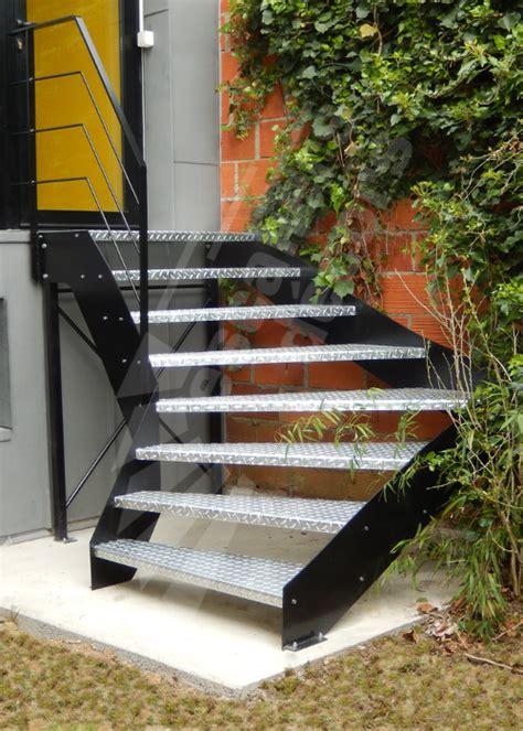escalier exterieur en acier galvanise escalier ext 233 rieur escaliers d 201 cors 174