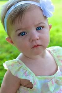 Blue eyed baby girl Babies cute Pinterest