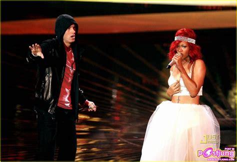 Rihanna & Eminem@2010 Mtv Video Music Awards