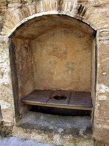 Privies and other filthiness the environment of late for Bathrooms in castles