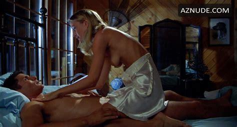 Natasha Henstridge Nude Sexy Scene In Species Celebrity