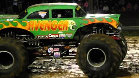 monster trucks you tube videos avenger monster truck freestyle youtube