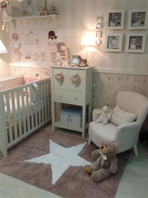 tapis chambre de bébé tapis étoiles dans la chambre de bébé mais aussi des plus
