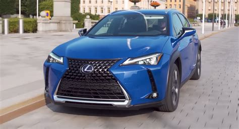 Lexus' New UX 250h Is The Sole Hybrid Premium Small SUV ...