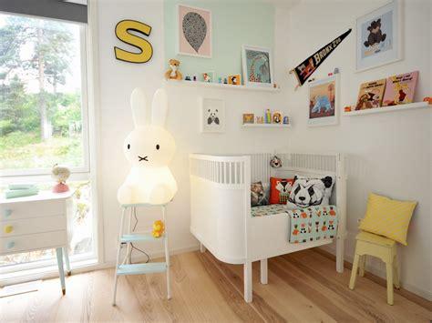 chambre evolutif petit lit deviendra grand joli place