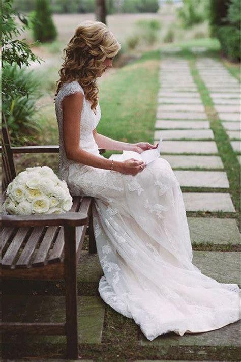 25 best ideas about wedding hairstyles wavy wedding hair