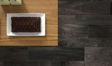 sols de cuisine carrelage imitation parquet bois attique noir porto venere