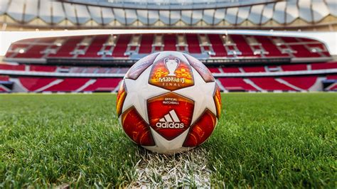 The official home of the #ucl on instagram hit the link linktr.ee/uefachampionsleague. La Champions si fa arancione: ecco il pallone della finale ...