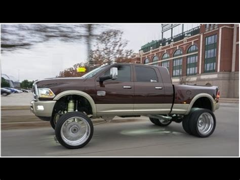 Duallys on big wheels! 2016 RAM Longhorn Dually on 26