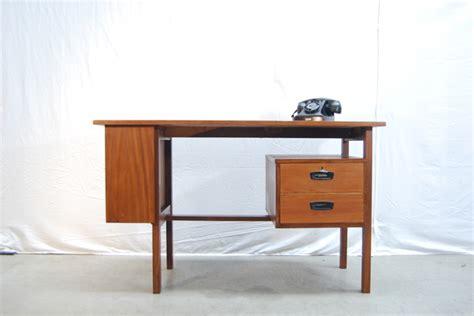 bureau retro jaren 60 vintage teakhouten design bureau teak desk de