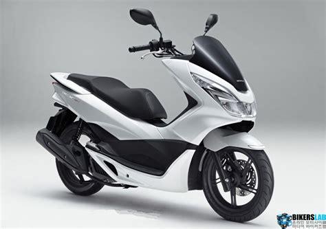 Honda Pcx 4k Wallpapers by 혼다 코리아 2018 Pcx 출시 Pcx 혼다 모터사이클 모터사이클 및 스쿠터