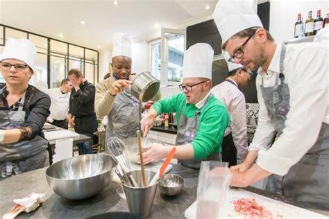 grande cuisine pour vos cours de cuisine à picture