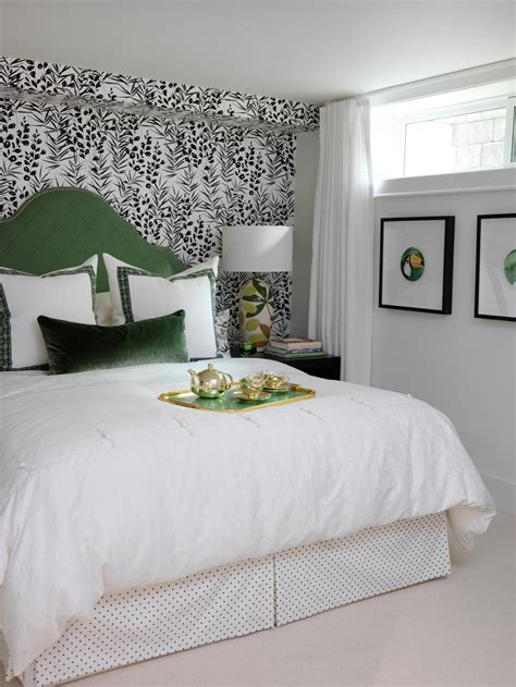 Bedroom Ideas With Headboard by Headboard Ideas From Hgtv Designers Bedrooms Bedroom