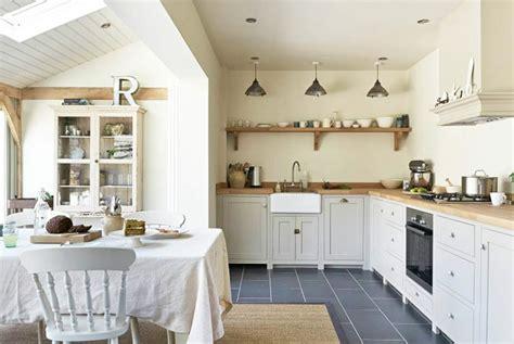 cuisine style shabby cuisine shabby chic un décor moderne et romantique