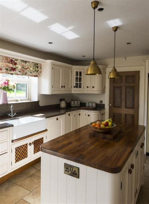 Kitchens Newry   Inframed Hand Painted Kitchen