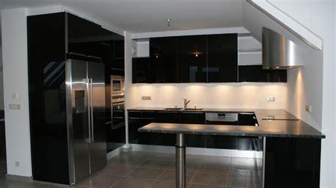 cuisine blanc et noyer cuisine cuisine noir et argent chaios cuisine noir