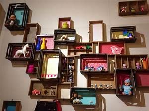 Caisse Bois Deco : 1000 images about recup caisse de bois on pinterest ~ Teatrodelosmanantiales.com Idées de Décoration