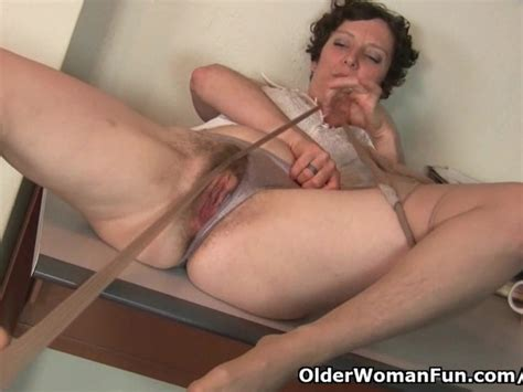 Hairy Gilf In Pantyhose Needs To Get Off Free Porn