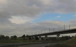 Erfurt Nach Nürnberg : die br cke molsdorf der zuk nftigen neubaustrecke von n rnberg nach erfurt am autobahnkreuz ~ Markanthonyermac.com Haus und Dekorationen