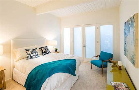 22 Elegant Bedroom Staging Ideas (photos