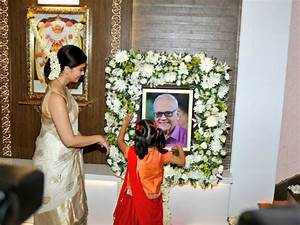 Aishwarya Rai Bachchan Pays Homage To Father New Pictures ...