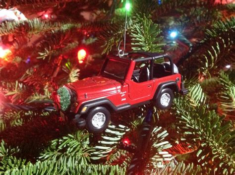 christmas tree jeep jeep holiday ornament beep beep goes my jeep pinterest