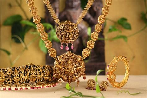 temple jewellery designs kasula peru designs