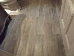 porcelain tile bathroom ideas impressive porcelain tile that looks like wood decorating ideas images in bathroom contemporary