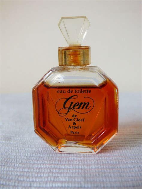 yves rocher eau de toilette femme 17 best images about mini botellas de perfume y pociones en miniatura on perfume
