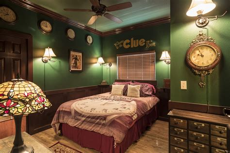 Clue Escape Room Game & Bedroom At The Great Escape Lakeside