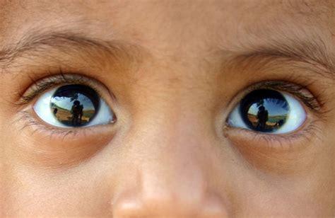 changement de si鑒e social sci un détecteur de contact visuel découvert dans le cerveau