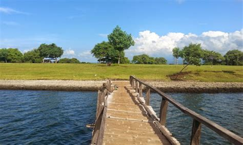 objek wisata pantai karang sewu gilimanuk bali