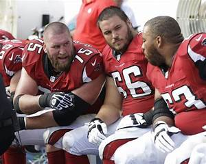 Pro football: Ex-Badgers to the rescue as injuries mount ...