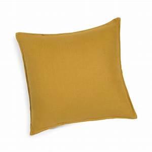 Coussin En Lin : coussin en lin lav jaune moutarde 45x45 maisons du monde ~ Teatrodelosmanantiales.com Idées de Décoration