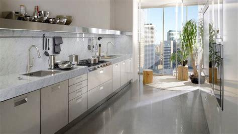 cuisine plan de travail un plan de travail en marbre dans la cuisine