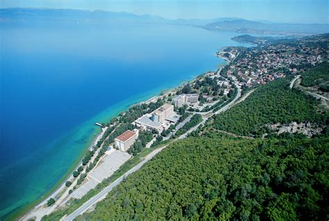 Liqeni i Ohrit po zhduket   Lajme.al