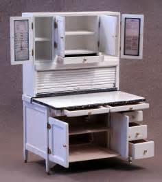 antique seller s hoosier cabinet bakelite handles 275 hoosier cabinets