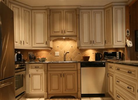 should kitchen cabinets go to the ceiling kitchen cabinets to go marceladick 9761