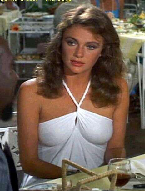 jacqueline bisset sexy dress timeless beauties pinterest sexy sexy dresses and dresses