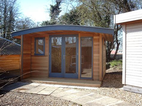 Garden Room With Living Roof by Warwick Offices Warwick Garden Office Garden Rooms