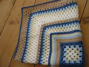You have to see Crochet Granny Cluster Baby Blanket by