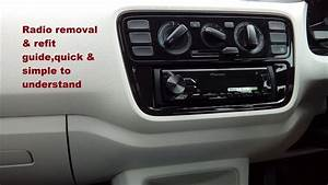 Service Manual  2010 Volkswagen Tiguan Stereo Remove Lower