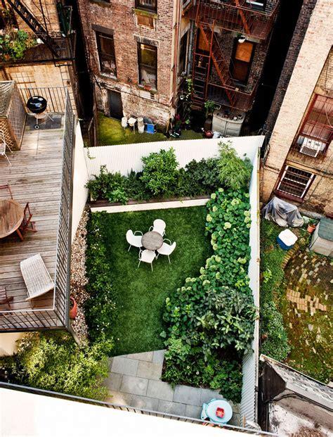 City Backyard Ideas - 16 inspirational backyard landscape designs as seen from