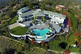 Eddie Murphy   s old house just went on the market  Any takers   16 HQ      Eddie Murphy Mansion