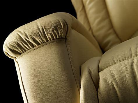 Poltrona Massaggiante Trony : Poltrona Massaggiante