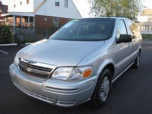 2004 Chevrolet Venture - Overview