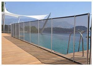 cloture et barriere amovible pour piscine piscine centernet With barriere de securite piscine beethoven