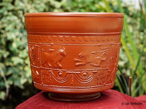 騅ier de cuisine en ceramique ceramique gallo romaine bol sigillee du sud de la gaule drag 30 via temporis