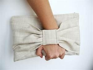 Pochette Tissu Femme : pochette femme mariage tissu ivoire cr me t sexy sacs main par lamusechic sac femme ~ Teatrodelosmanantiales.com Idées de Décoration